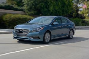 2016 Hyundai Sonata Hybrid, Plug-In - First Drive Review - Motor Trend