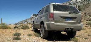 2005 Jeep Grand Cherokee Handling & Road Test - 2005 SUV of the Year - Motor Trend