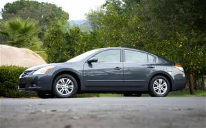 2011 Nissan Altima 2.5 S Special Edition Engine - Motor Trend