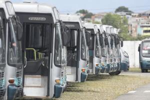 Desde abril, foram registradas pelo menos quatro paralisações dos rodoviários da Viação Tabuazeiro – uma das três empresas que operam linhas do sistema municipal de Vitória. A última paralisação começou na terça-feira (22) e ainda não terminou