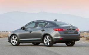 A Late Boomer and Friends Try Out the Acura ILX