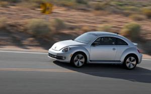 2012 Volkswagen Beetle and Beetle Turbo First Test - Motor Trend