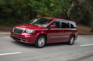 2014 Chrysler Town & Country S First Test - Motor Trend