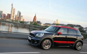 2013 Mini Cooper Countryman S All4 John Cooper Works Euro Spec Drive - Motor Trend
