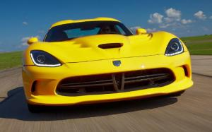 2013 SRT Viper First Drive - track laps and specs - Motor Trend