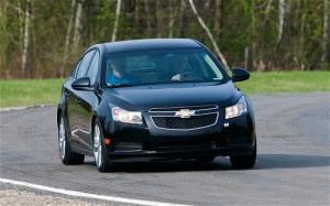 2011 Chevrolet Cruze interior and initial specs - Motor Trend