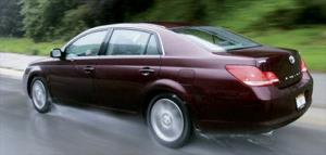 2005 Toyota Avalon Limited - First Look - Motor Trend