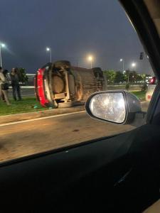 A Polícia Militar informou que foram quatro veículos envolvidos no acidente e não houve feridos. Testemunhas relataram trânsito na Avenida Dante Michellini