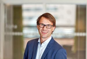 Norsk tech-selskap sparker 90 ansatte - selger ut deler av virksomheten   Kampanje