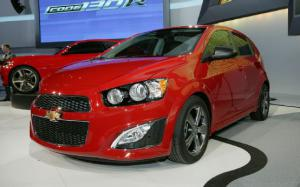 2013 Chevrolet Sonic RS First Look - Motor Trend