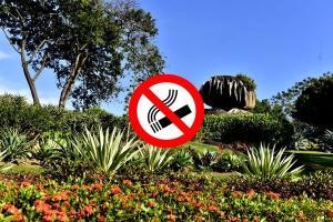 Placas avisando da proibição, alertando as sanções aplicáveis e os telefones dos órgãos de fiscalização serão fixadas nos parques da capital