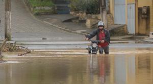 Cemaden registrou precipitações de chuva acima do esperado para o mês; fenômeno passa pelo Sudeste do Brasil e já causou estragos no Rio e em São Paulo