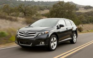 2013 Toyota Venza Photo Gallery - Motor Trend