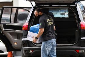 A Polícia Federal cumpriu 25 mandados de busca e apreensão em três Estados: Rio de Janeiro, em São Paulo e em Sergipe