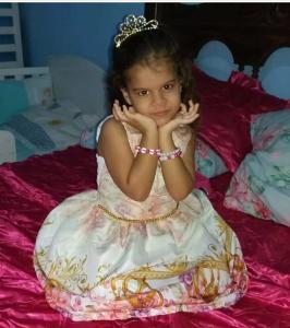 Esther Virginio Lourenço, de 5 anos, se afogou quando tomava banho em uma represa onde passava o dia com a família