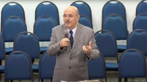 Redes sociais recuperaram vídeo publicado há 4 anos em que o pastor Milton Ribeiro fala à comunidade evangélica sobre a 'vara da disciplina'