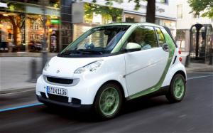2011 Smart Fortwo Electric Drive First Drive - Motor Trend