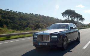 Rolls-Royce Phantom Series II First Drive - Motor Trend