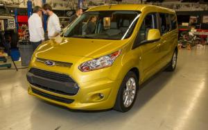 Jim Farley Discusses Ford Transit Connect Wagon at Motor Trend Garage