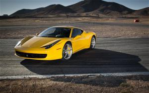 72 Hours with the Ferrari 458 Italia - Motor Trend