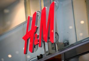 Salget stuper for H&M