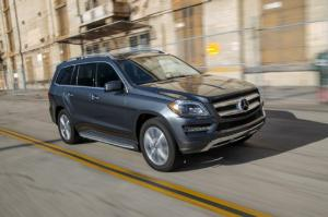 2015 Mercedes-Benz GL450 4Matic First Test - Motor Trend