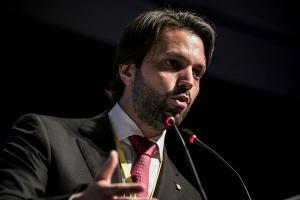 O magistrado apontou haver indícios de que o juiz Marcelo Bretas, responsável pela Lava Jato no Rio de Janeiro, não deveria ser o responsável por conduzir os casos