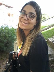 Bianca Paulino Mayworm, de 17 anos, saiu de casa sem os pais verem nessa segunda-feira (3); Polícia Civil investiga o caso e tenta localizar a jovem
