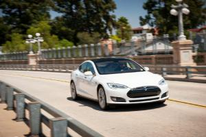 2013 Tesla Model S P85+ Long Term Update 1 - Motor Trend