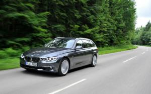 2013 BMW 328i Sports Wagon First Drive - Motor Trend