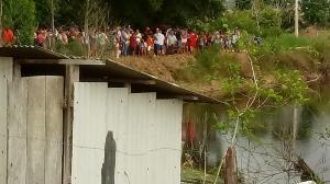 O acidente aconteceu na manhã deste domingo (24), na comunidade de Pedra do Oratório, em Ponto Belo