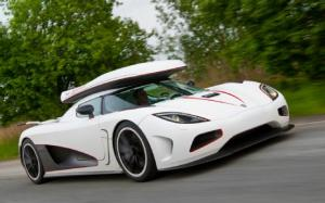Koenigsegg Agera R First Drive - Motor Trend