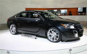 2012 Buick Regal GS First Look - Motor Trend