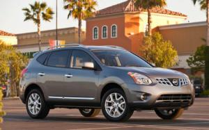 2012 Nissan Rogue Photo Gallery - Motor Trend