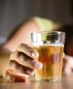 Com a produção de embalagens atingida pelas restrições impostas pela quarentena, fabricantes de cerveja foram obrigados a reduzir a oferta de algumas marcas nas prateleiras