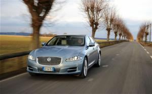 2011 Jaguar XJ First Drive and Review - Motor Trend