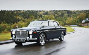 1970 Rover 3.5 Litre Coupe Classic Drive - Motor Trend Classic