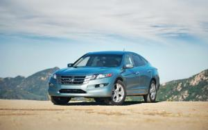 2010 Honda Accord Crosstour 4WD Verdict - Motor Trend