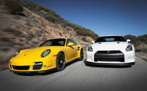 2013 Nissan GT-R Black Edition vs. 2012 Porsche 911 Turbo S Comparison - Motor Trend
