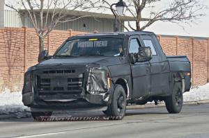First Next-Gen Ford F-Series Super Duty Prototype - Motor Trend WOT