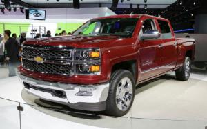 2014 Chevrolet Silverado and GMC Sierra First Look - Motor Trend
