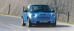 2003 John Cooper Works Mini Cooper S - First Drive & Road Test Review - Motor Trend