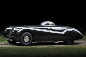 Record-Breaking 1953 Jaguar XK120M Roadster Review - Motor Trend