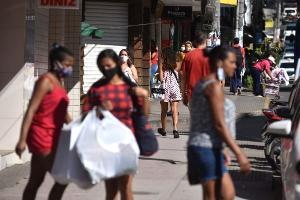 A Gazeta fez um apanhado das principais regras de funcionamento das atividades nos 75 municípios de risco baixo e nos 3 de risco de moderado. Não há cidades com risco alto no Espírito Santo