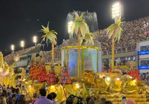 A escola trouxe grande empolgação para o público durante a primeira noite de desfile na Marquês de Sapucaí