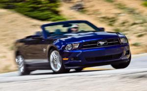 2012 Ford Mustang V-6 Convertible First Test - Motor Trend