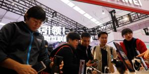 FCC Deals Blow to Huwaei and ZTE, Cuts off Telecom Subsidies