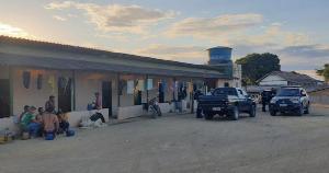 Segundo a Superintendência Regional do Trabalho, os trabalhadores que testaram positivo foram medicados e voltarão para MG, já que não há condições de isolar todos em Vila Valério