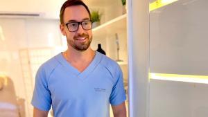 Com uma equipe especializada em procedimentos estéticos e corporais, o Instituto Gasperazzo é pioneiro na técnica de aplicação de PDO, os bioestimuladores faciais, e valoriza o bem estar do paciente a fim de proporcionar uma experiência diferenciada
