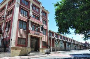 Além de adquirir a estatal, a empresa que comprar a companhia terá que pagar R$ 479 milhões de outorga pela concessão do Porto de Vitória e do Terminal de Barra do Riacho, além de fazer investimentos ao longo de 35 anos de contrato
